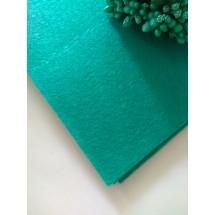 Фетр средней жесткости 1 мм (20*30 см), цена за лист