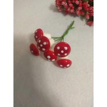 Муляж декоративный грибочки мухоморы, на веточке, маленькие, цена за 6 шт