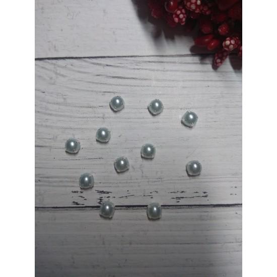 Полубусины в цапах 5 мм цв. голубой, цена за 10 шт
